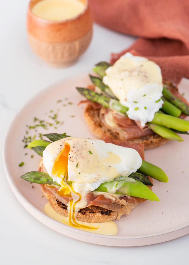 Foolproof Eggs Benedict with Blender Hollandaise Sauce // FoodNouveau.com